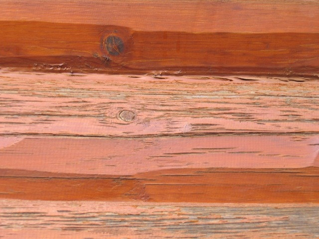log-home-in-need-of-refinishing1