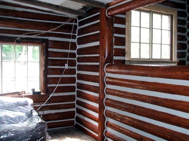 Chinking Old Log Lodge Near Spooner Wisconsin Edmunds