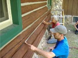 Chinking log homes – An important part of maintenance