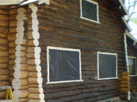 Log home refinishing: How to choose a stain – oil based vs. next generation latex stains