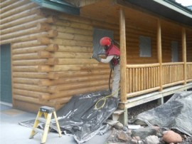Log home refinishing – Best practices for removing old finish