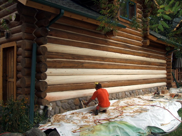 Superbe Logs Are Fit And Attached To The Wall Using Galvanized Screws.