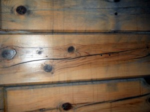 Log Home Problem: Moisture Leaking Through the Chinking