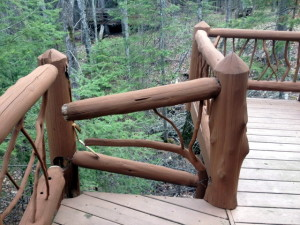 Log Cabins: Log Railings and Safety Issues
