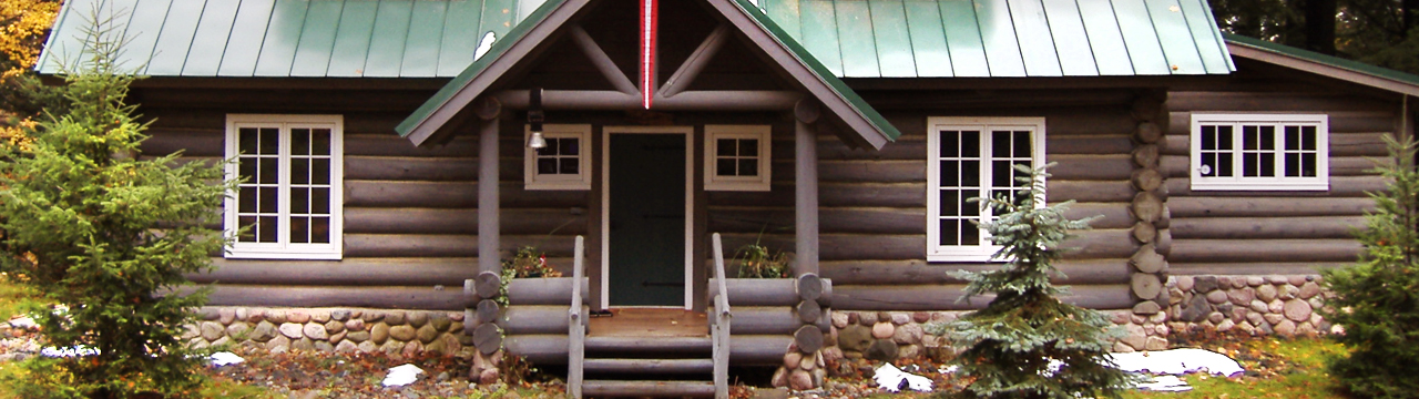 Historic Log Building Preservation and Repairs on Older Log Homes