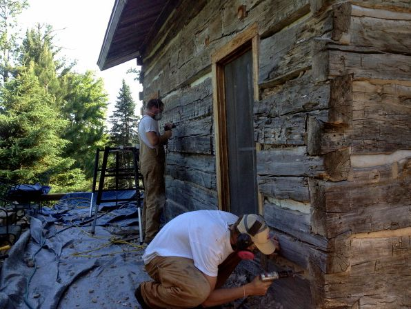 Removing old mortar chinking