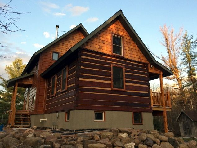 Great looking log home restoration