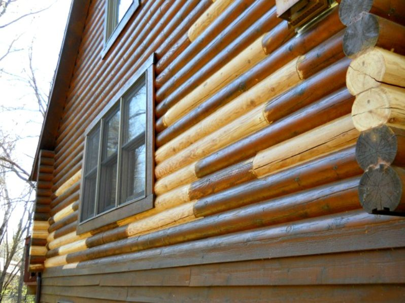 Naturally rot resistant cedar logs